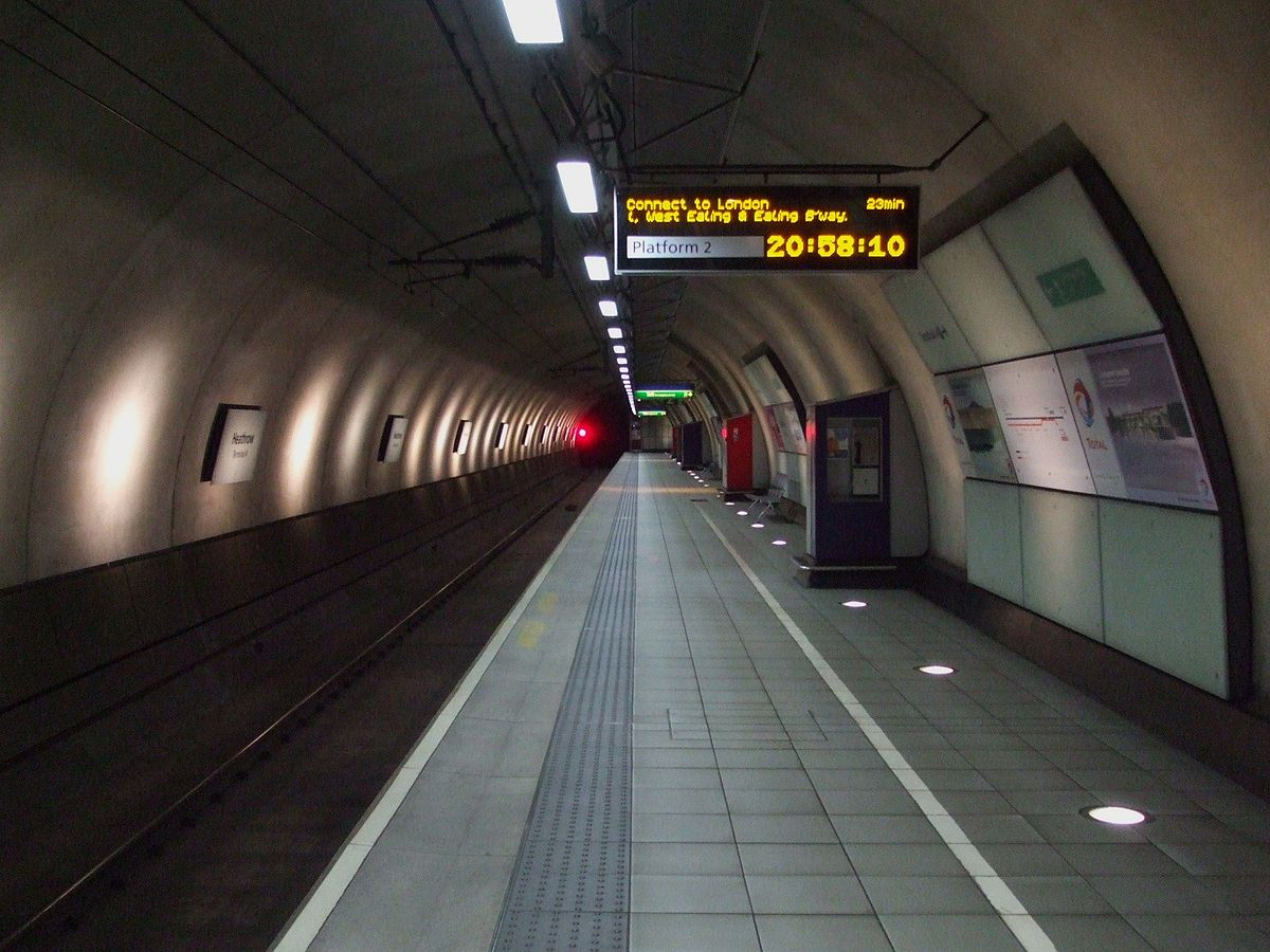 Heathrow Terminal 4 railway station - Wikipedia