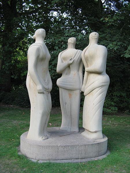 File:Henry Moore-Three standing figures-Battersea Park-2.jpg