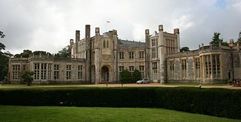 Highcliffe Castle 1.jpg