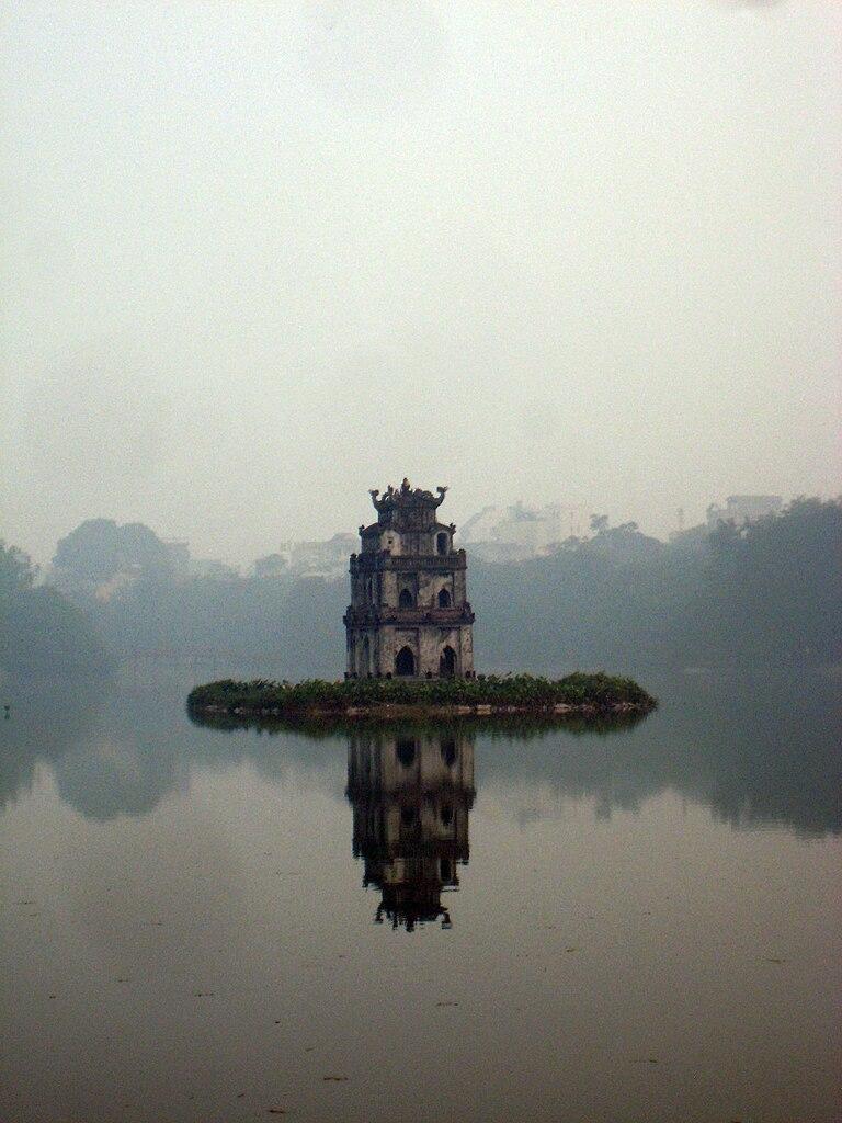 File Hoan Kiem Lake Hanoi Vietnam Jpg Wikimedia Commons