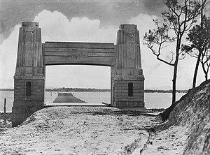Hornibrook Bridge - During construction, 1935