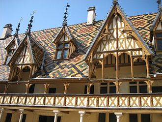 Hospices de Beaune - Polychrome roof of the Hospices de Beaune.