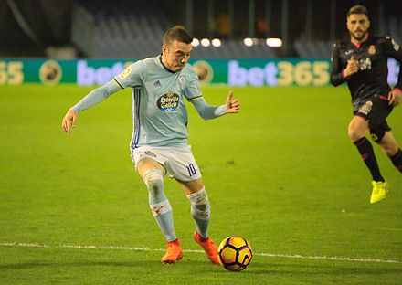 Aspas in action for Celta in 2017 Iago Aspas - Celta de Vigo - WMES 04.jpg