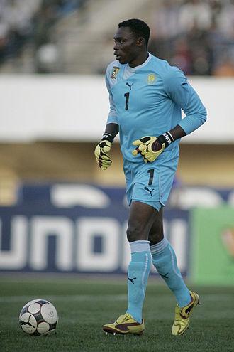 Carlos Kameni - Kameni playing for Cameroon in 2009