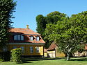 Ingemanns Hus and tree.JPG
