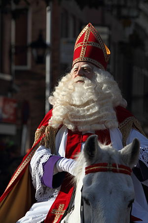 Sinterklaas - Sinterklaas arriving in the Dutch town of Schiedam in 2009