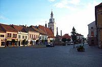 Ivančice - celkový pohled na Palackého náměstí od východu.jpg