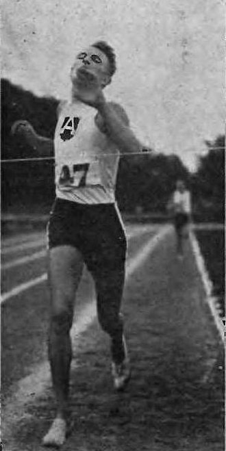 Józef Jaworski - Image: Józef Jaworski (runner, AZS Warszawa, 1924)