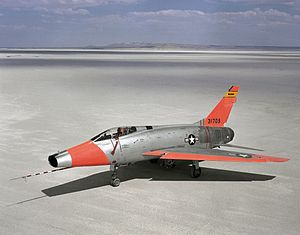 JF-100C NASA at Edwards AFB 1962.jpg