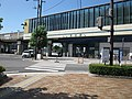 JRShikoku-Sako-station-entrance-south-side-20100803.jpg