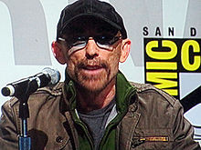 Description de l'image  Jackie Earle Haley at WonderCon 2010 2.JPG.