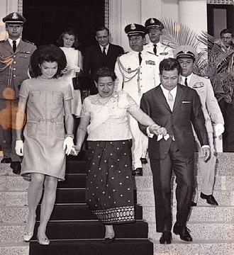 Kingdom of Cambodia (1953–1970) - Jacqueline Kennedy, Sisowath Kossamak, and Norodom Sihanouk in 1967.