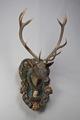 Jakttrofé - Skulpterat huvud m. kronhjortshorn - Livrustkammaren - 86102.tif