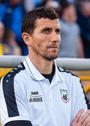 Javi Gracia - Gracia coaching Rubin in 2017