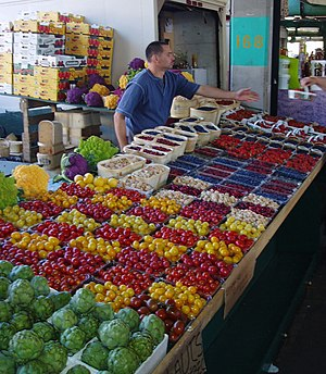 Jean-Talon Market - Farmer's stand
