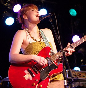 English: Jenn Grant performing at the New Capi...