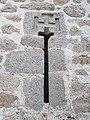Jerusalem Cross Arrowslit, Castillo de los Mendoza, Manzanares el Real.jpg