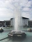 Jet d'eau place de la République à Erevan.JPG