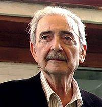 Juan Gelman -presidenciagovar- 31JUL07.jpg