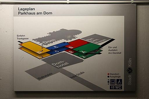 Köln - Parkhaus am Dom 02 ies