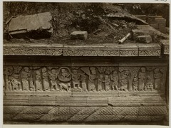 KITLV 28259 - Isidore van Kinsbergen - Relief on the north side of Panataran, Kediri - 1867-02-1867-06.tif