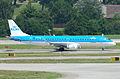 KLM Cityhopper Embraer ERJ-190; PH-EZF@ZRH;16.07.2010 583ei (4799484909).jpg