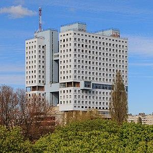 House of Soviets (Kaliningrad) - After 2005 paint job