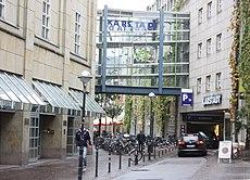Karlsruhe, das Karstadt Kaufhaus.JPG