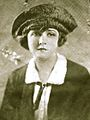 Katherine MacDonald 1922.jpg