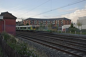 Kenton station - Image: Kenton railway station MMB 04 350266