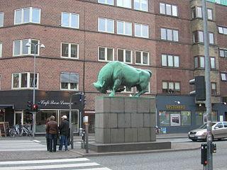 Sculpture by Anders Bundgaard placed at Vesterbro in Aalborg