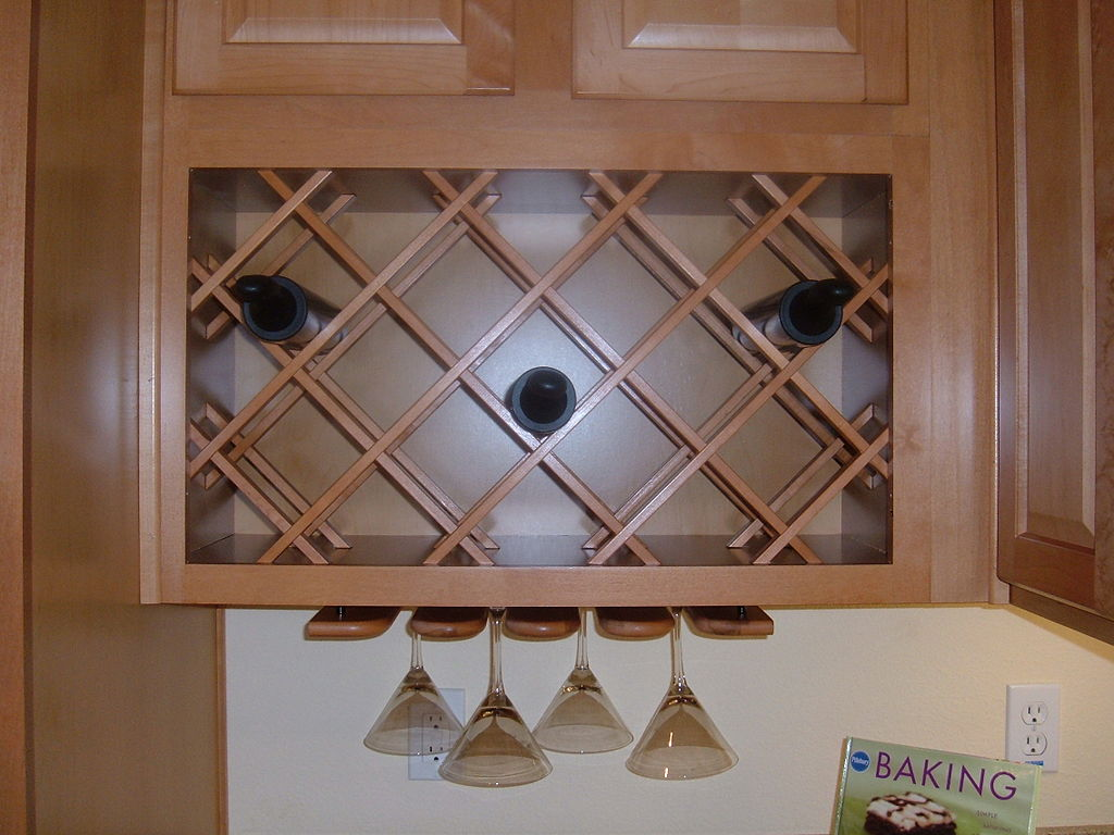 File kitchen integrated wine rack jpg wikimedia commons Wine racks for small spaces pict