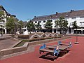 Konz, sculpturen Am Markt positie2 foto8 2017-05-29 13.43.jpg