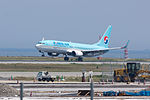 Korean Air, B737-800, HL8224 (18111165669).jpg