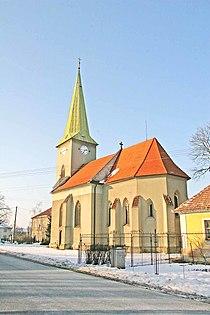 Kostel v Kuněticích1.jpg