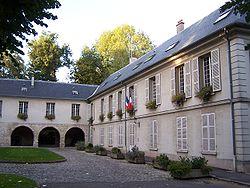 L'Étang-la-Ville Mairie.JPG