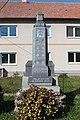 Lažany, pomník padlým (2017-10-01; 01).jpg