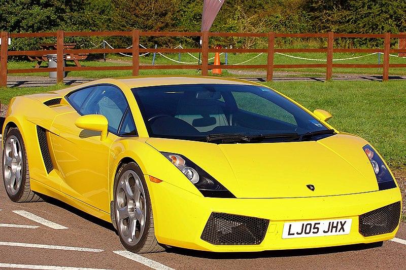 800px-Lamborghini_Gallardo_-_Vision_Moto