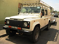 Land Rover Defender 110 Crew Cab Pickup I generacji