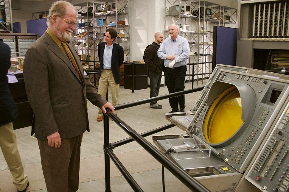 Larry Niven admiring SAGE console.jpeg