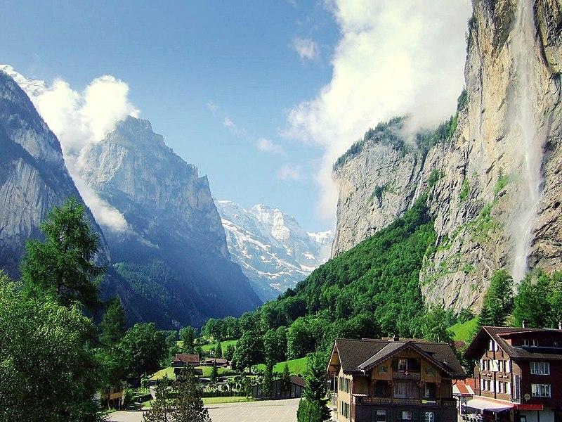 File:Lauterbrunnen valley in summer.jpg