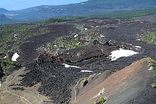 Lava flow outgoing from Collier Cone in Oregon (2).JPG