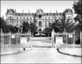 Le Grand Hôtel en 1863.png