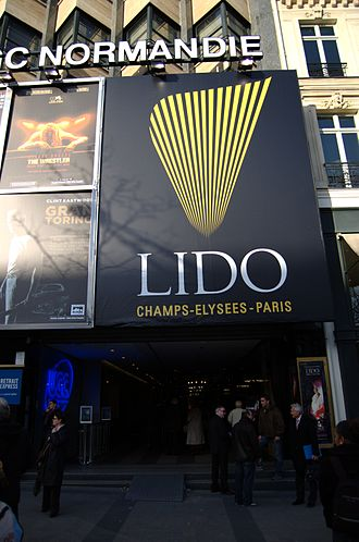 Vedette (cabaret) - Le Lido of Paris