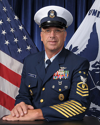 Coast Dress on Master Chief Petty Officer Of The Coast Guard   Michael P  Leavitt