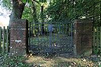 Leer - Logaer Weg - Philippsburger Park - Jüdischer Friedhof 02 ies.jpg