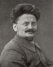 León Trotski,comisario del Pueblo