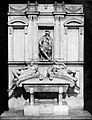 Life of Michael Angelo, 1912 - Monument of Lorenzo de Medici.jpg