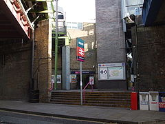 Limehouse station entrance2.JPG