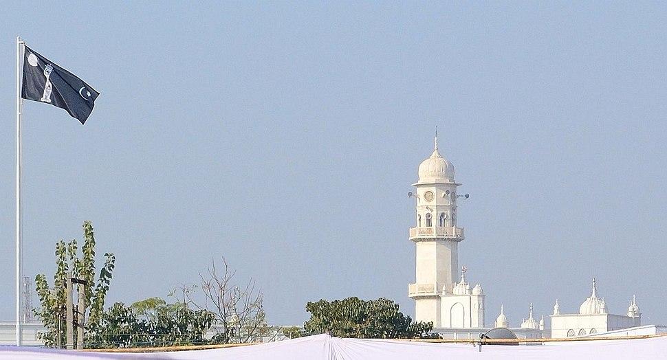 Liwa-e-Ahmadiyya and Minarat-ul-Massih